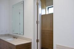 bath_closet_cab2