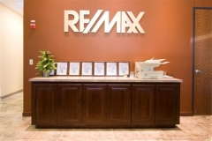 Remax-28